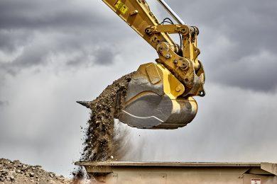 Excavatii si demolari